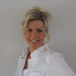 CMK Pedicure Cindy Kool